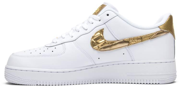 Saqueo Iniciar sesión cocaína  CR7 x Air Force 1 Low 'Golden Patchwork' - Nike - AQ0666 100 | GOAT