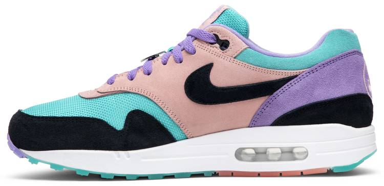 nike air max 1 have a nike day