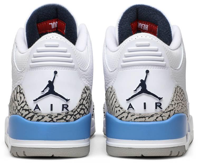 Air Jordan 3 Retro 'UNC'