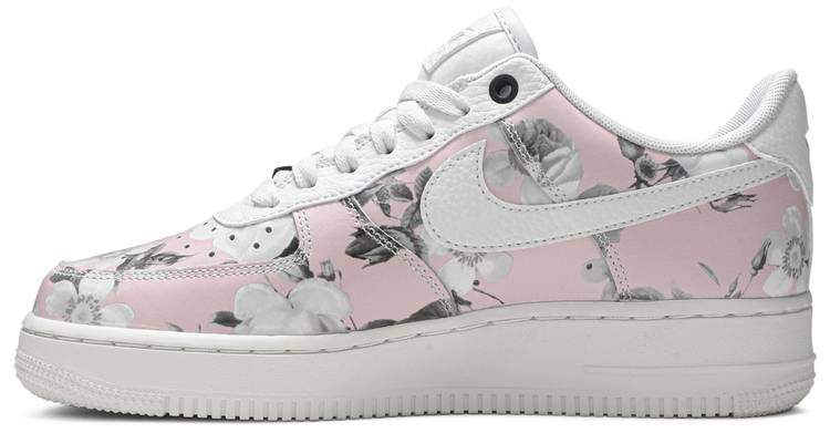air force 1 donna con rose