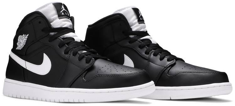 Air Jordan 1 Retro Mid 'Black White'