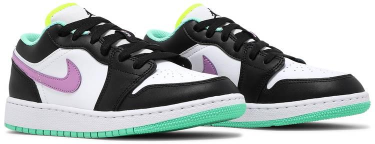 Air Jordan 1 Low GS 'White Violet Shock'