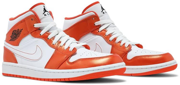 Air Jordan 1 Mid SE 'Electro Orange'