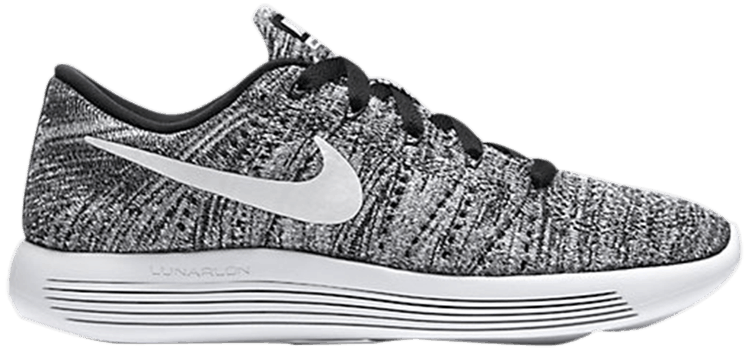 Wmns LunarEpic Low Flyknit  Oreo  - Nike - 843765 001  c02bc2a318b1