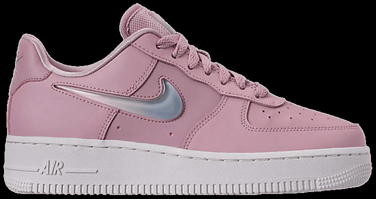 Nike Air Force 1 '07 SE Premium Plum Chalk : Release date, Price & Info